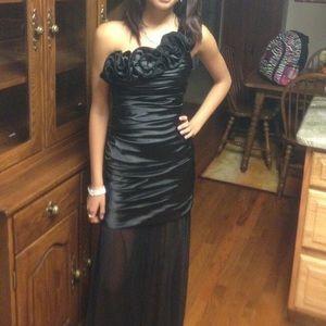 Black Hailey Logan Prom Dress